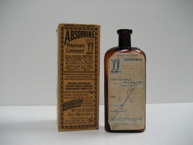 Absorbine-bottle-and-carton-1892-e1442335825680